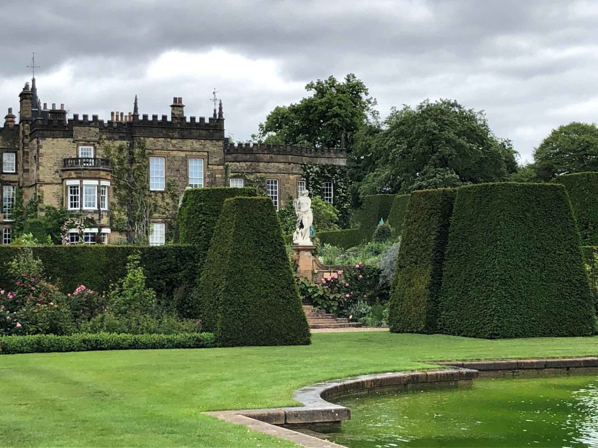 Renishaw Hall